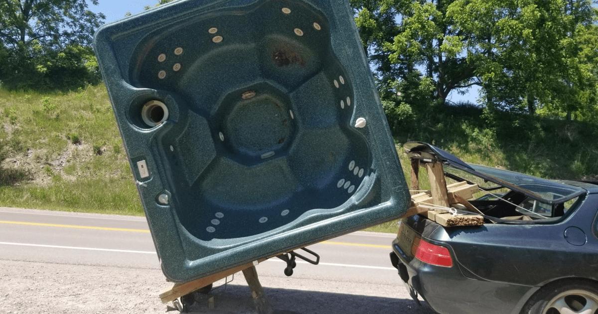Как не надо перевозить джакузи на Porsche (фото)