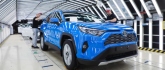 Toyota сократит производство автомобилей почти наполовину